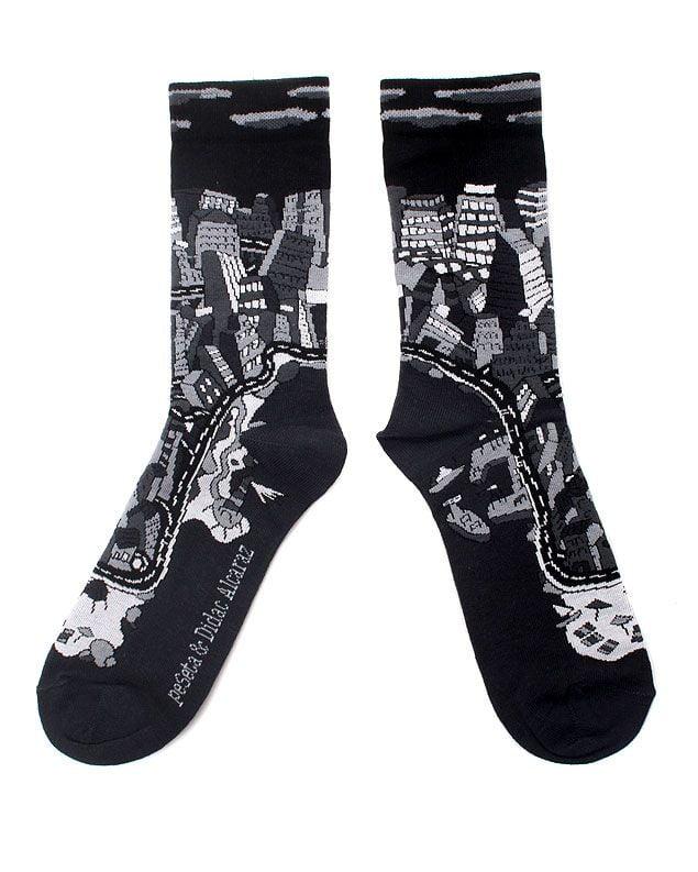 calcetines diseñados por el artista DIdac Alcaraz para peSeta