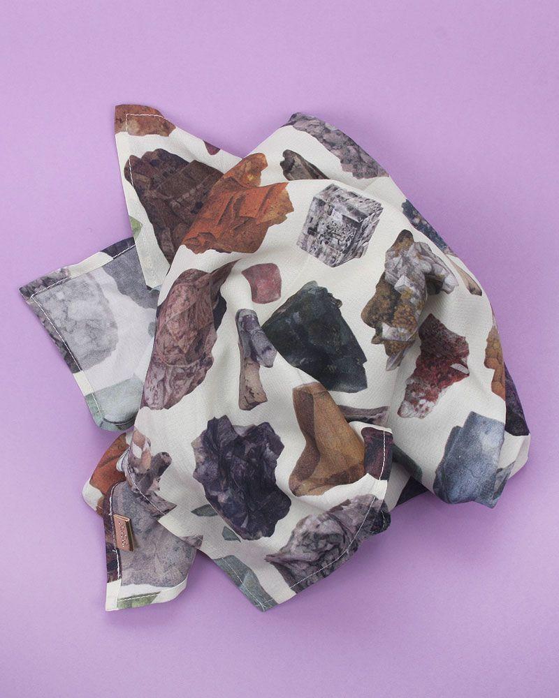 pañuelo peSeta estampado mineral