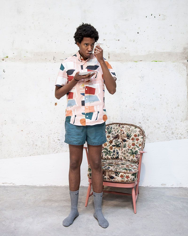 Camisa rosa estampada collage manga corta hombre