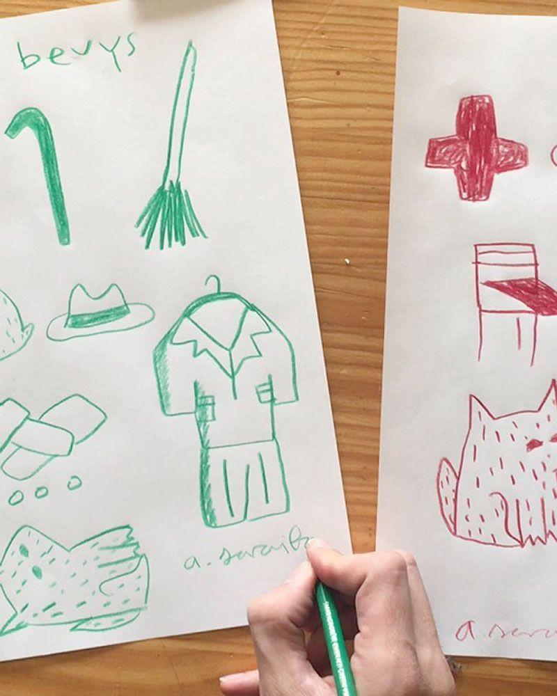 colaboración artista Aitor Saraiba estampado dibujos serie limitada camisas unisex pañuelos muñecos