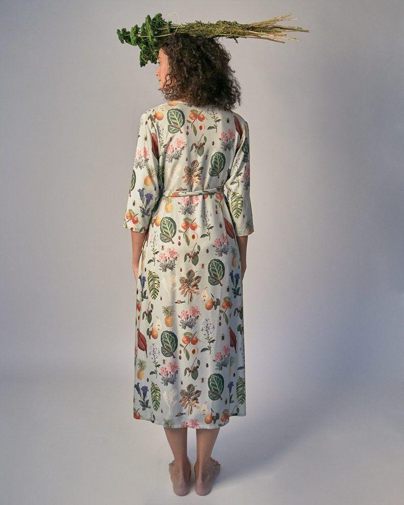 vestido estampado vegetal colores claros