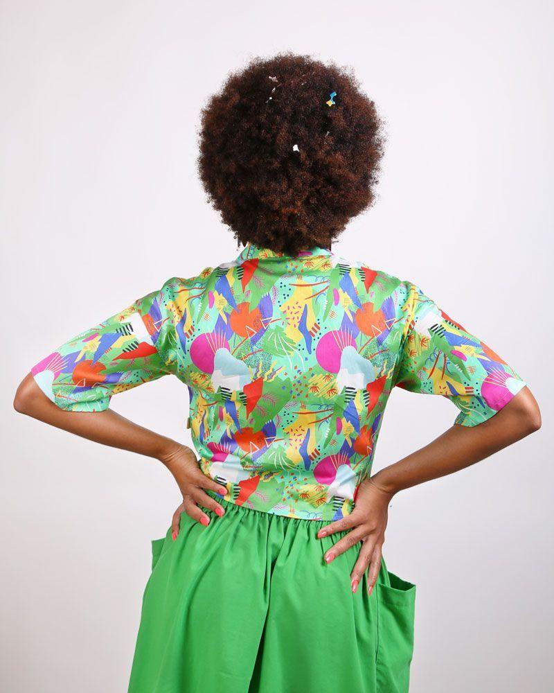 camisa blusa nudo delantero verde estampada peSeta