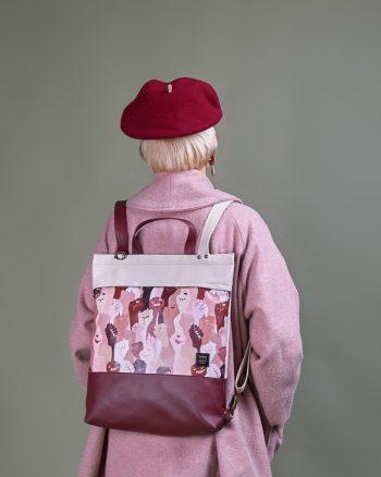 bolso mochila convertible hecho en piel vegana